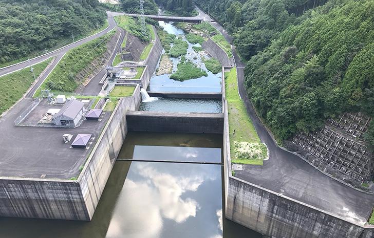 嘉瀬川ダム